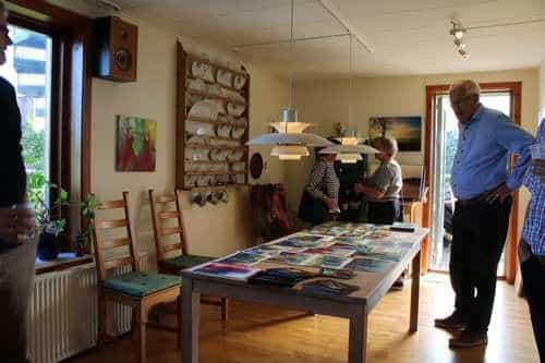 Besøg af kunstforening i atelieret