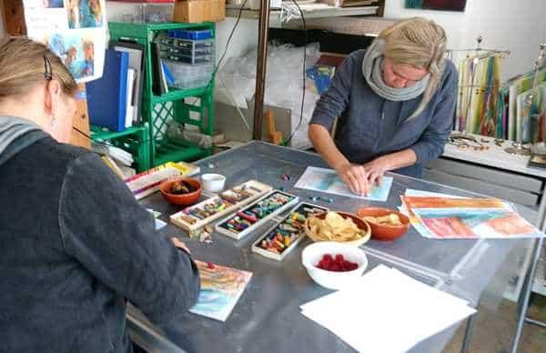 Kursister på malekursus som selvudvikling i atelier HBH-Art -Malekursus som selvudvikling