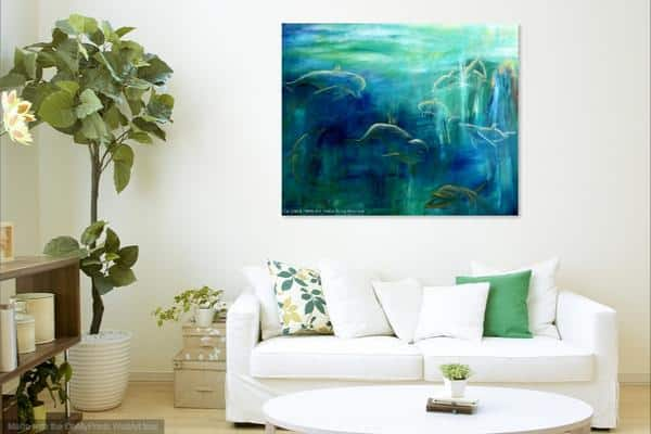 Delfiner i maleri over sofaen dyremalerier