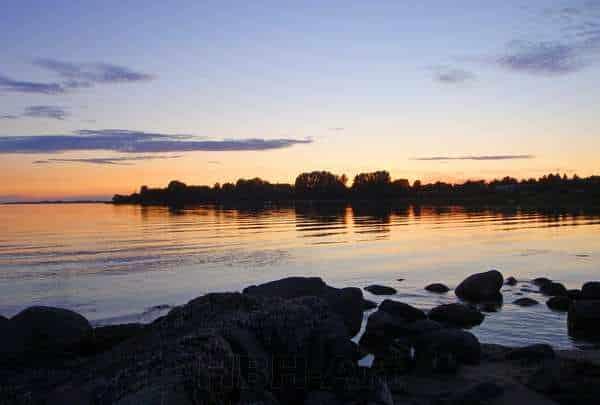 foto til væggen printet på lærred. Fjorden i aftenlys