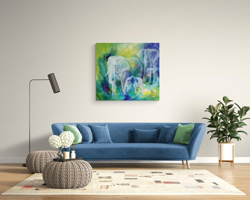 maleri af dyr i blå og grønne farver på væggen