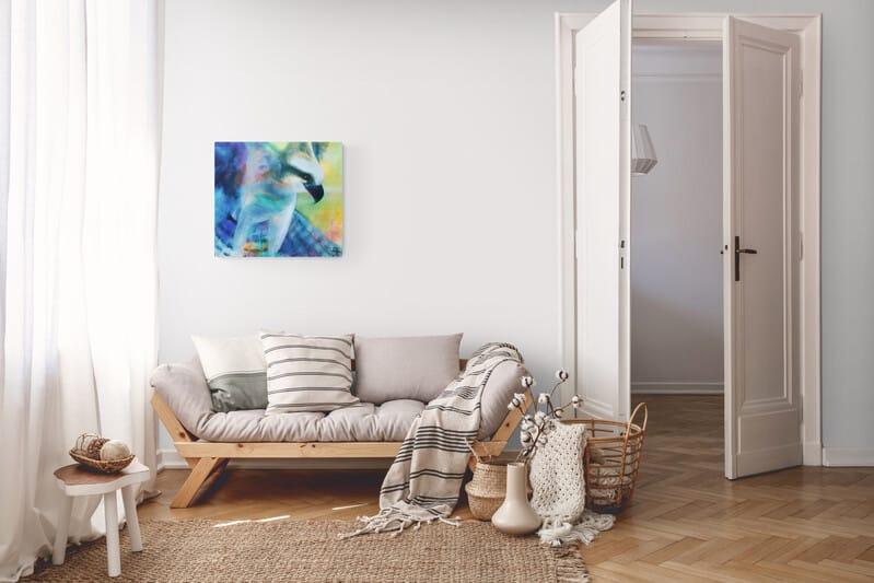 Maleri af ørn i stuen