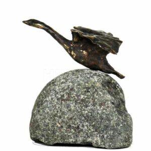 Lille_svane_letter_bronzeskulptur
